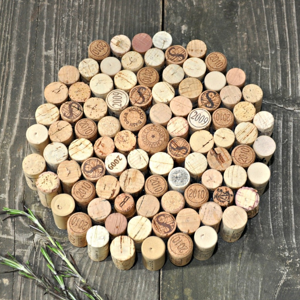 Things Made With Corks: 15 Creative Things To Do With Wine Corks