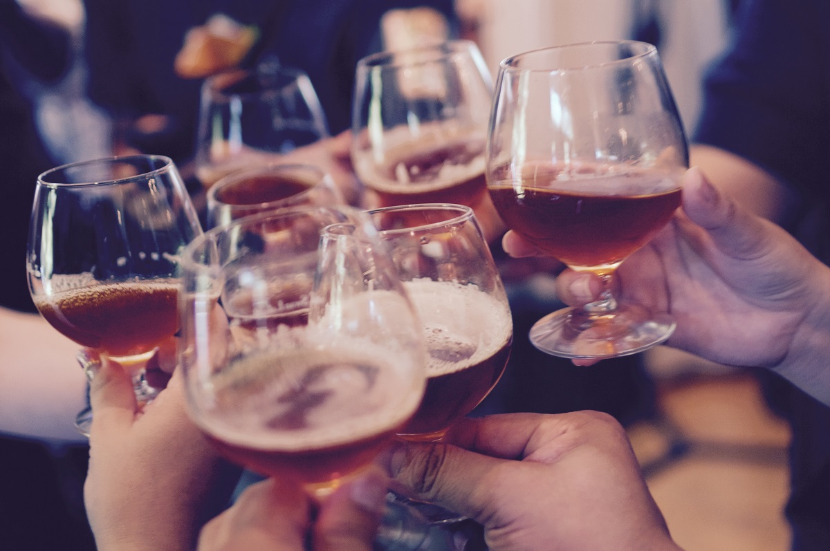 Serving The Perfect Beer: Temperature, Pour, and Glassware