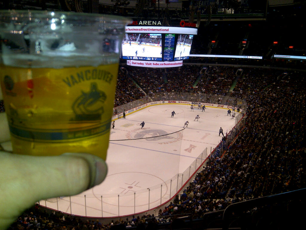 canucks-beer