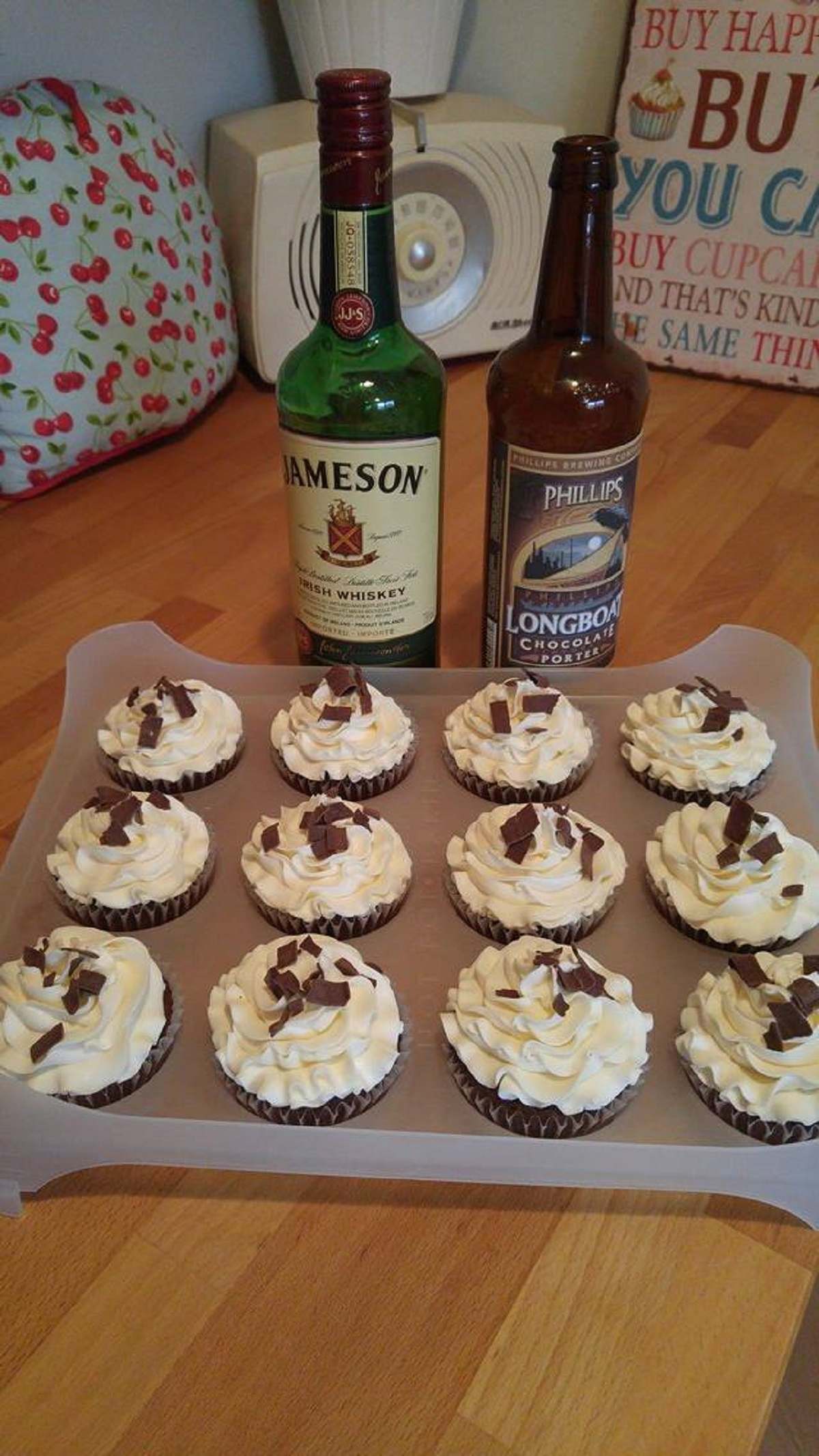 chocolate-porter-cupcakes-with-whiskey-buttercream-frosting