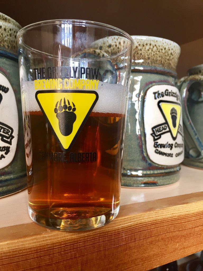 beer-at-grizzly-paw-brewing-company-in-canmore
