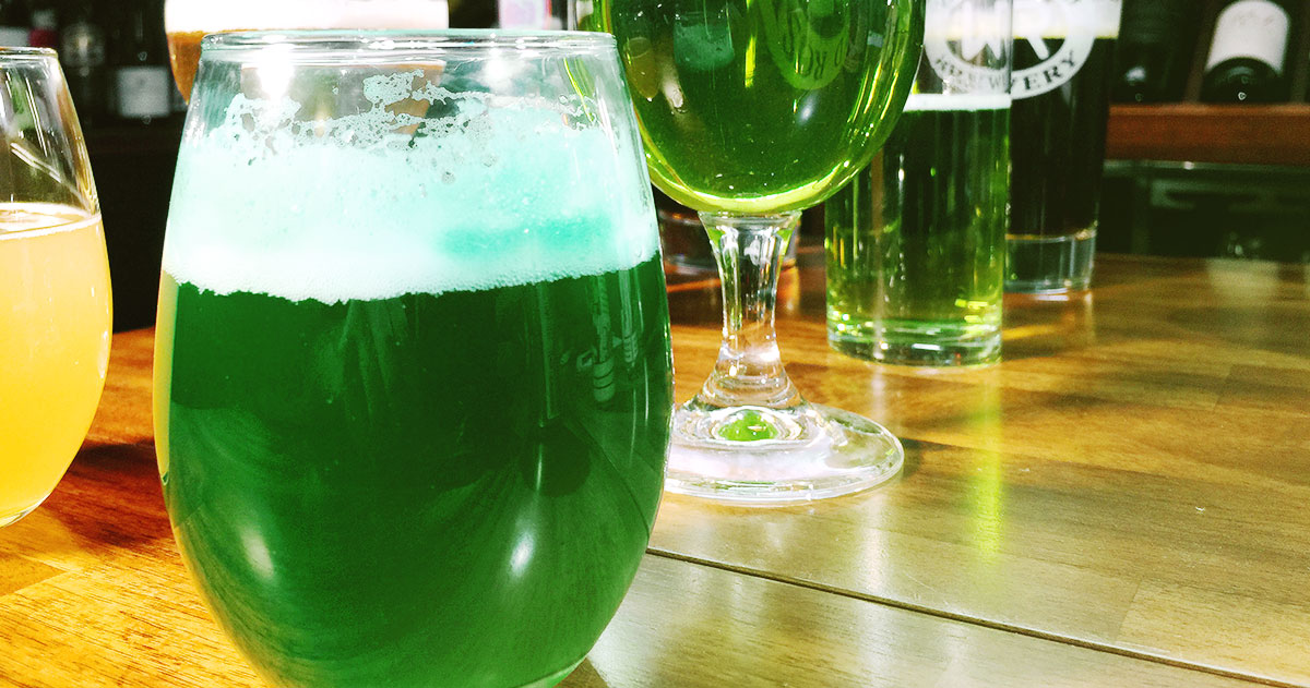 Does Dye in Your Beer Affect Flavour? The Green Beer Experiment