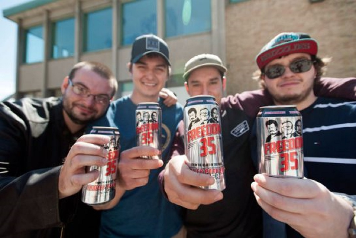 Hundreds of fans turn out for launch of Trailer Park Boys' new beer
