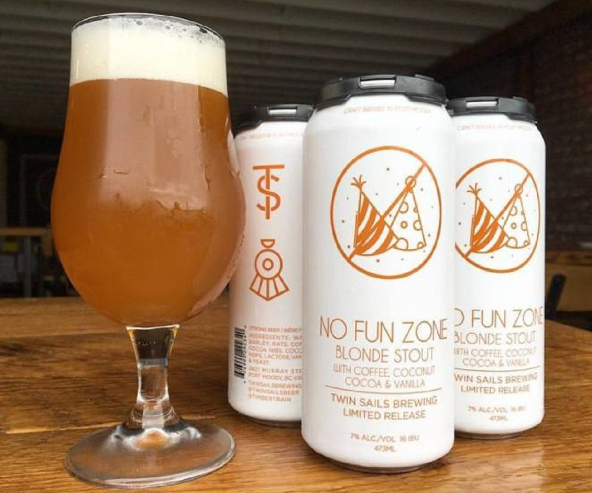 REVIEW: Twin Sails Brewing – No Fun Zone Blonde Stout