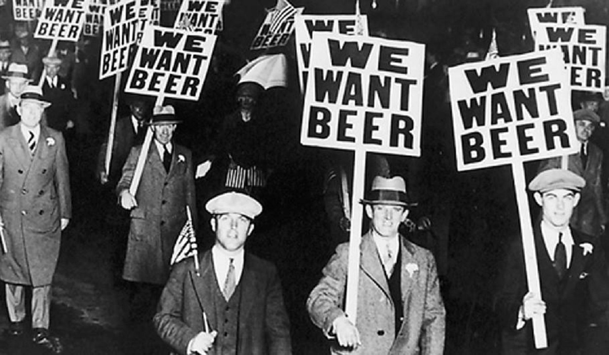 A Brief History of Beer in Chicago