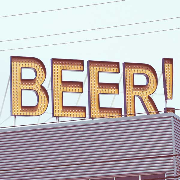 beer!-sign-free-image-liquor-store