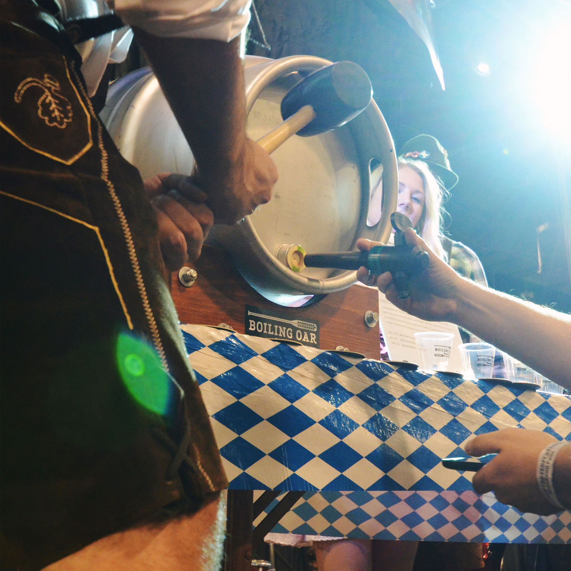 free-beer-images-keg-cask-tapping-creative-commons-cc-oktoberfest-photos