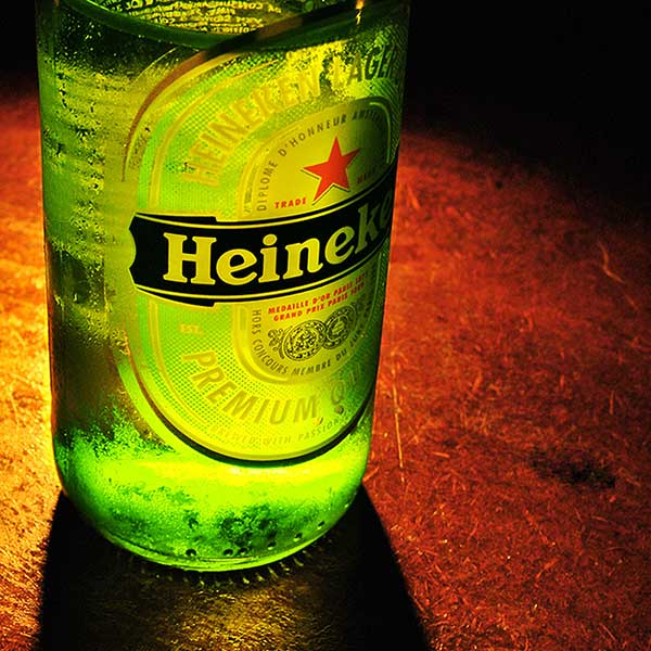 heineken-beer-bottle-free-image-stock-photography