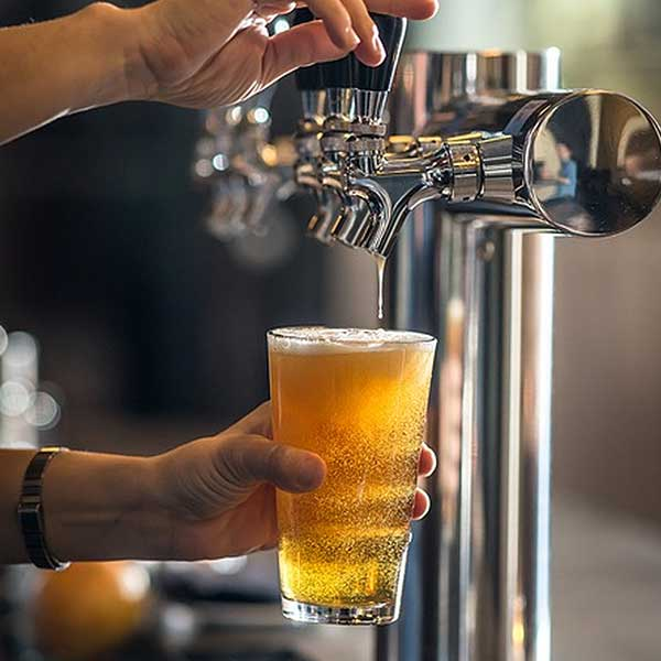 perfect-pour-pint-beer-lager-tap-free-image-photo