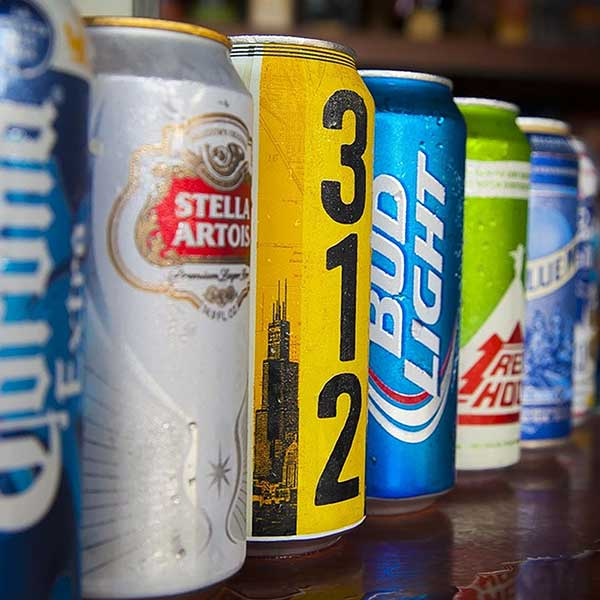 photo-marcro-brewery-free-stock-photo-beers-stella-artois-bud-light-corona-extra-blue-moon