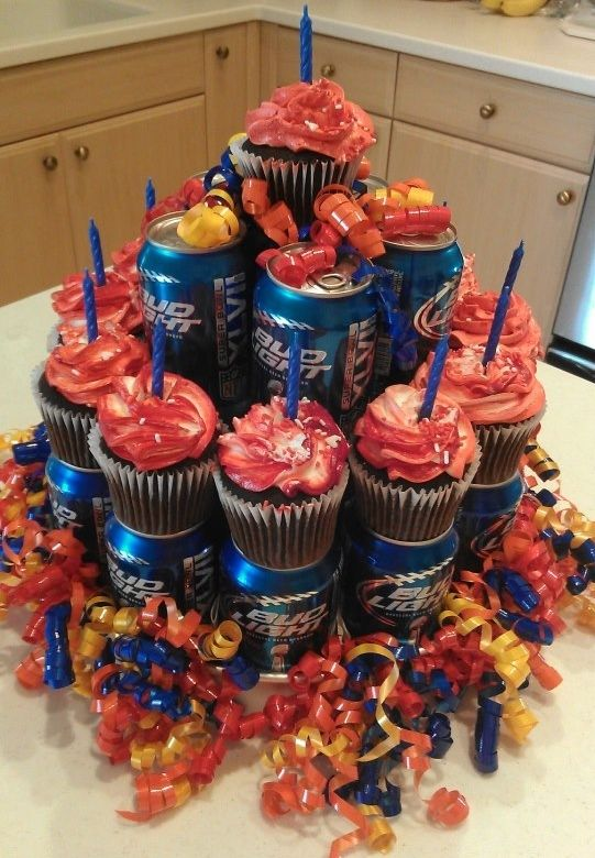 Beer Can Cake With Cup Cakes