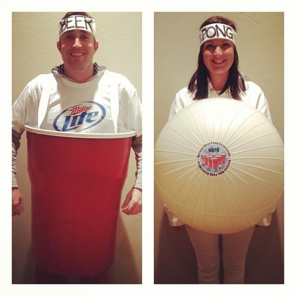 simple-DIY-beer-pong-couples-costume