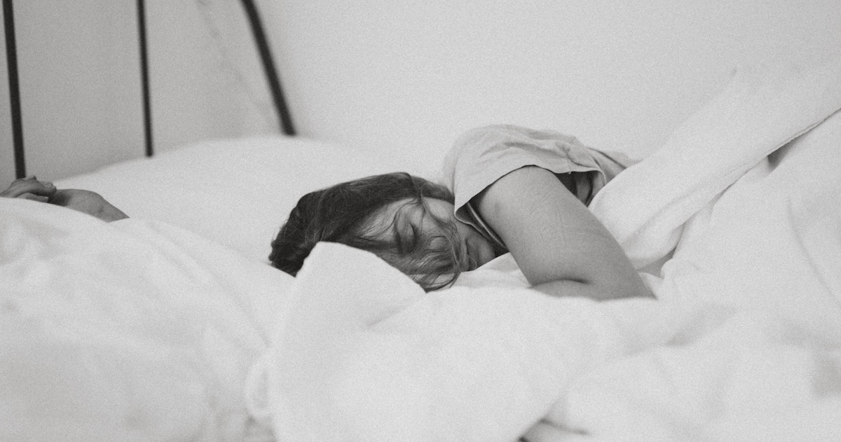 Why We Sleep Better and Dream More After Drinking Beer