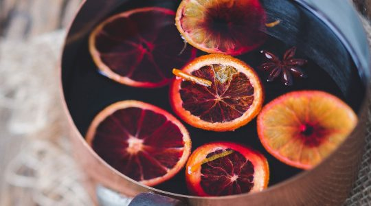 How to Make Mulled Wine – Including 4 Recipe Variations | Just Wine