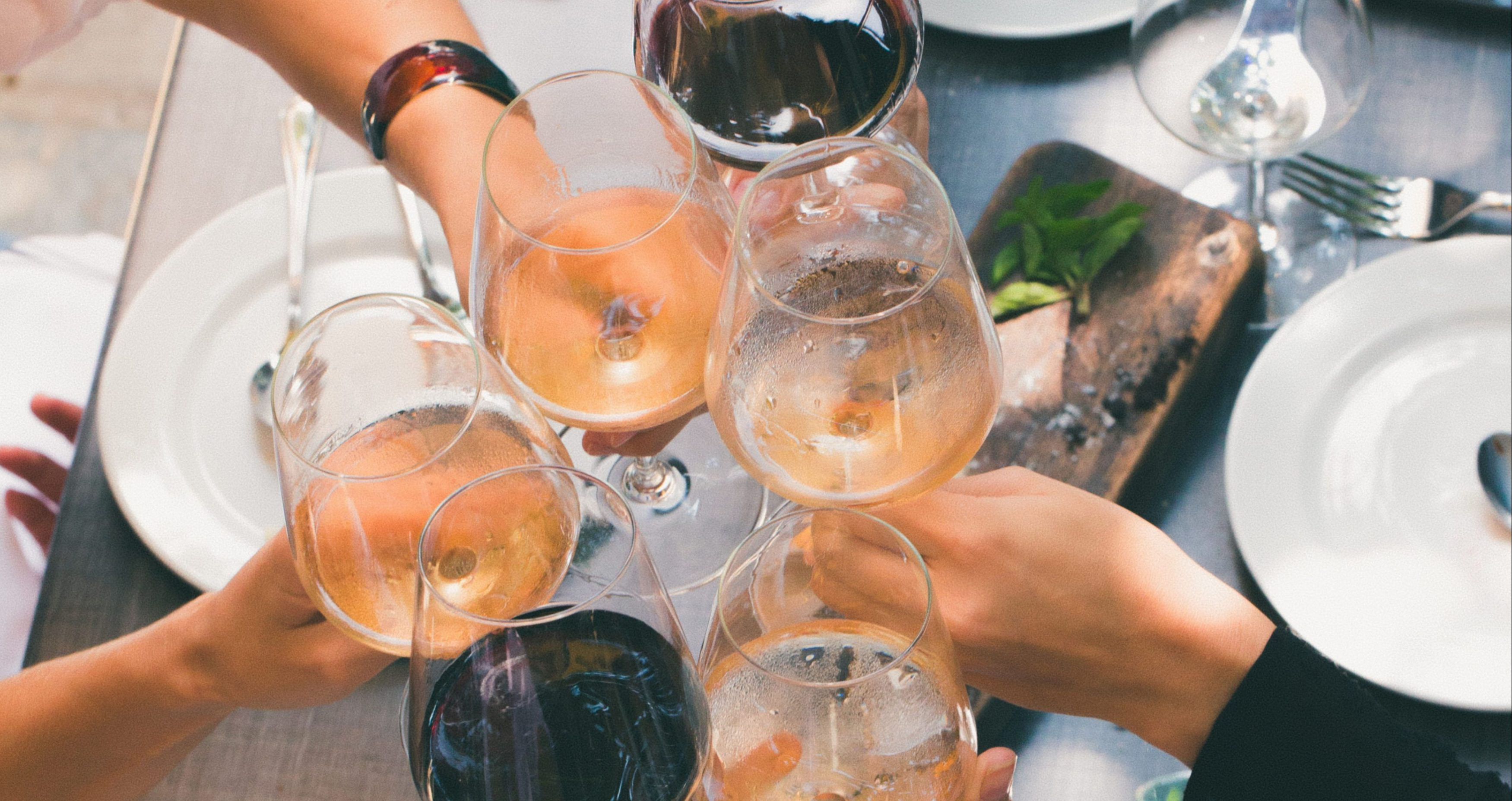 When is Wine O'Clock? What Time of Day is Acceptable to Start Drinking? |
