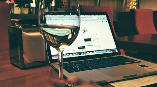 Grow your Wine Audience and Your Online Presence with JustWine Site Badges | Just Wine