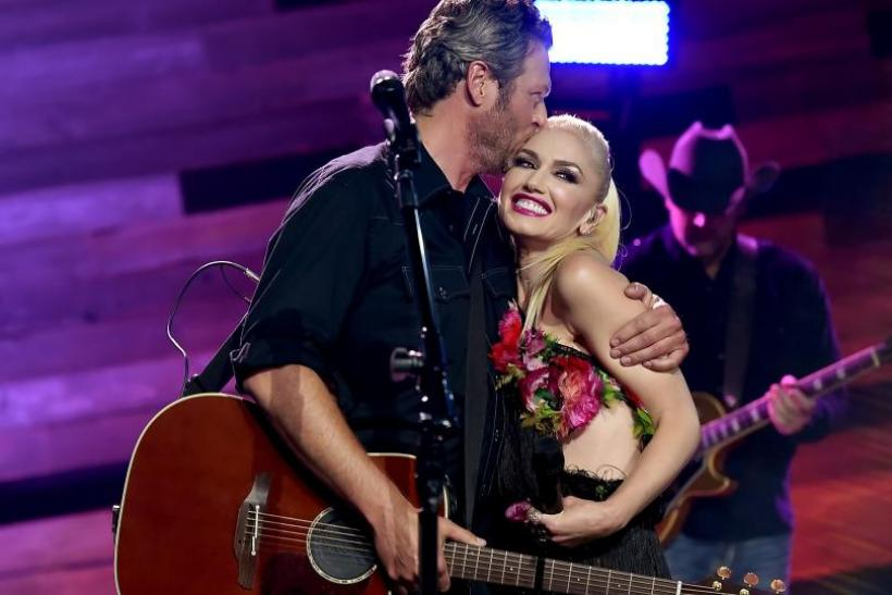 Romance. Gwen and Blake. The Voice.