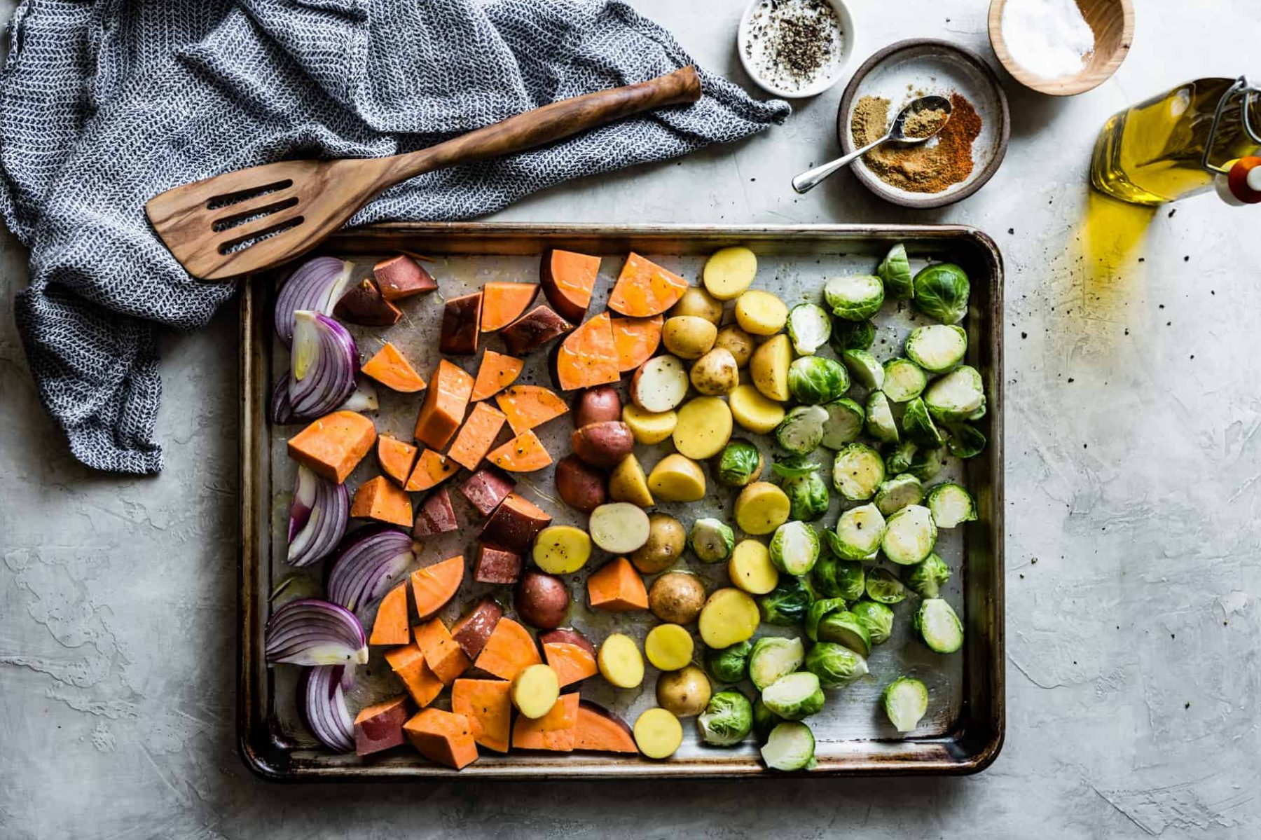 Mexican-Roasted-Veggie-Bowls-with-Beer-Beans