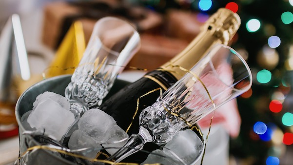 12 wines of christmas dinner, champagne, sparkling wine, celebrate, mimosas