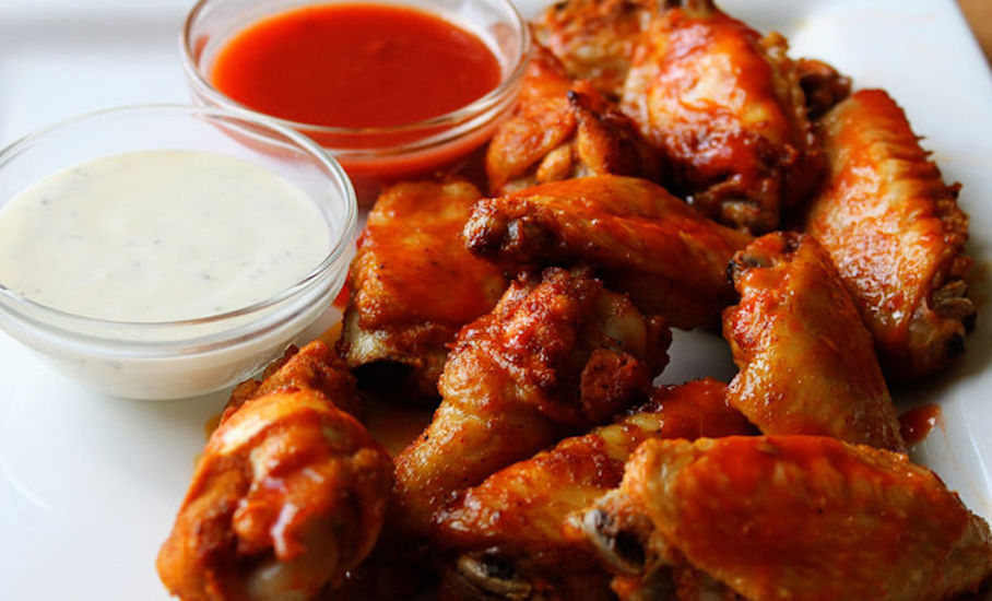 beer-brined-buffalo-chicken-wings-football-game-beer-party-justbeer