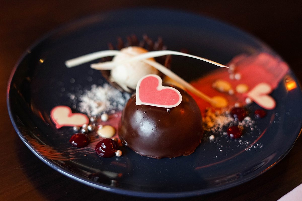 where to take your valentine for dinner in Calgary