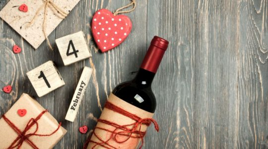 10 Romantic Wines That Will Make Your Valentine's Day Special | Just Wine