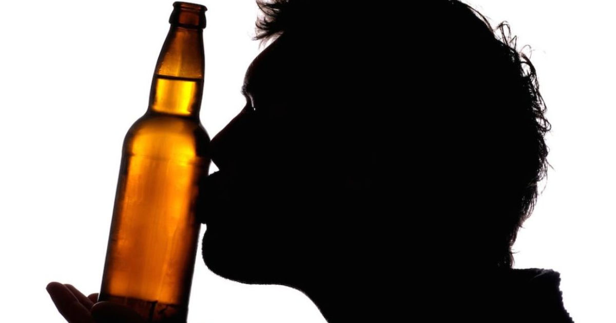 15 Signs You're In A Relationship With Beer