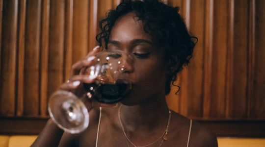 9 Reasons Why Wine Is Better Than A Relationship | Just Wine