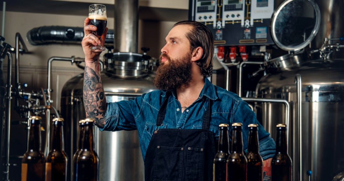 What Bartenders Really Think of Your Beer Order
