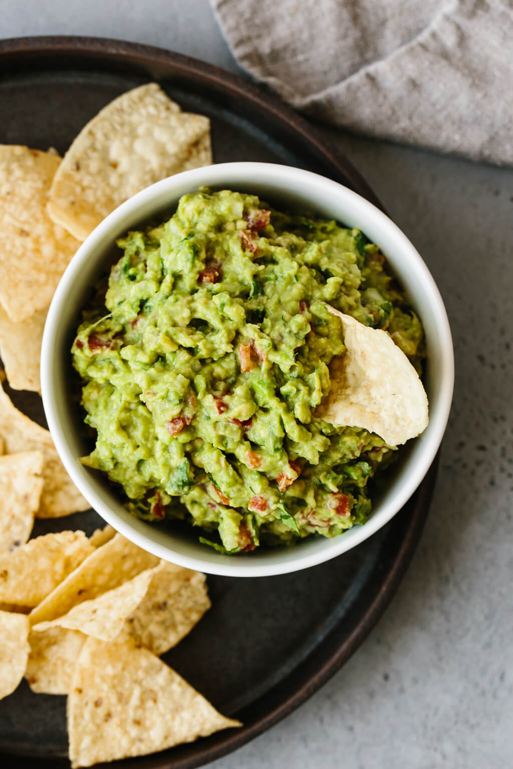 guacamole-chips-snacks