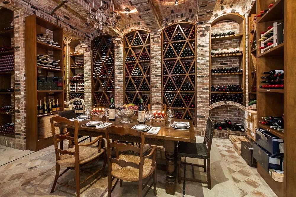 luxury-home-wine-cellar-tasting