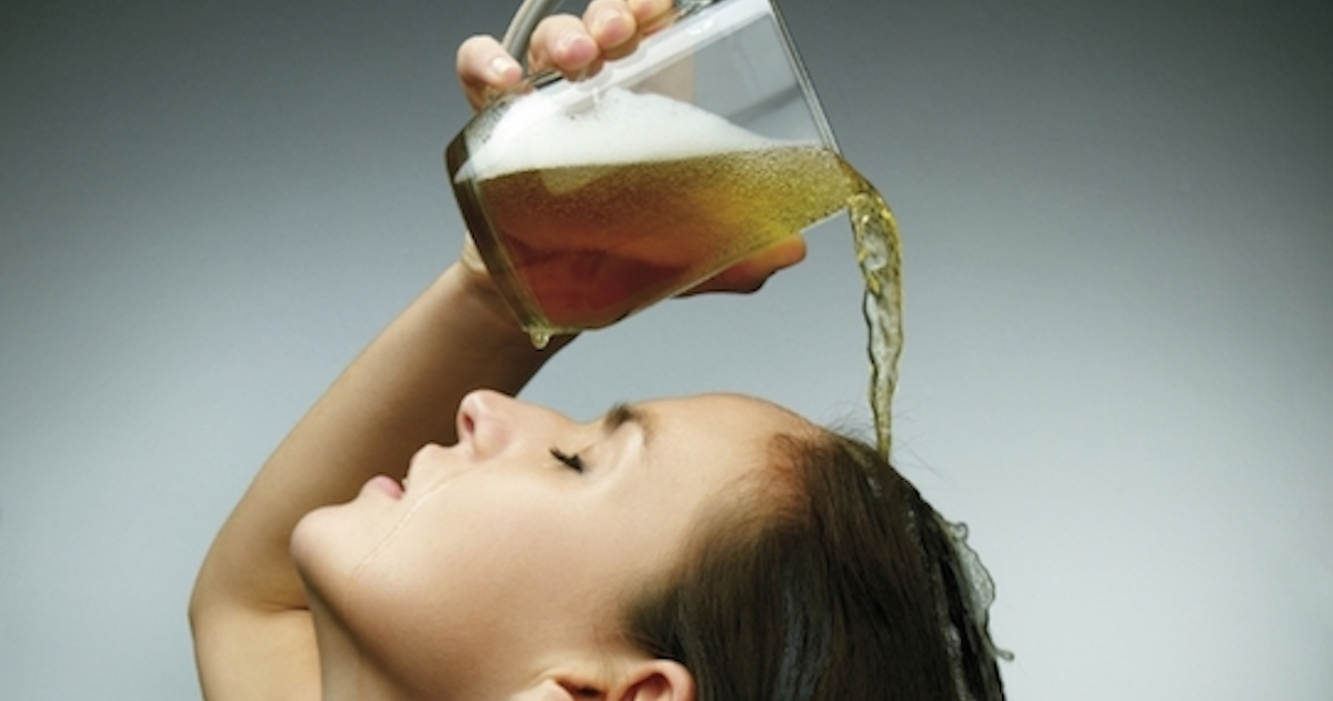 Can Beer Lighten Hair? How to Wash Your Hair with Beer