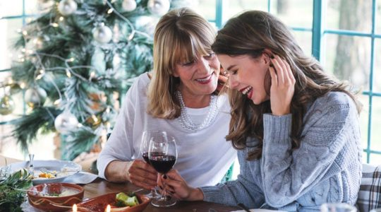 The Best Types of Wine to Buy For Everyone on Your Christmas List | Just Wine