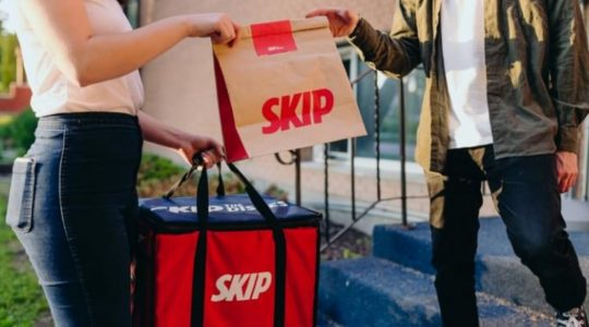 You Can Now Order Wine Through SkipTheDishes – Liquor Delivery Announced | Just Wine